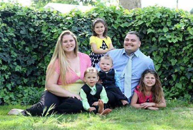 Gastelo family