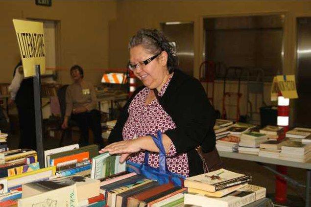 Booksale1