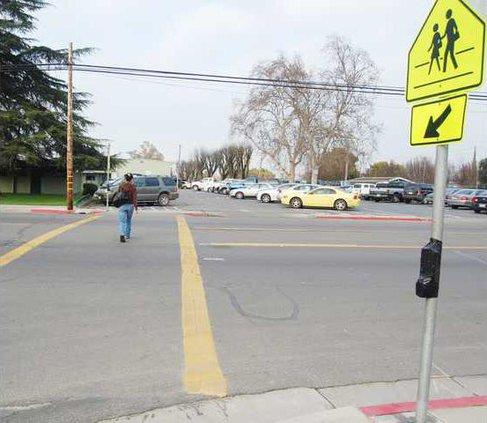 Hilmar crossing pic 2