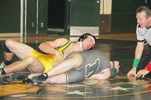 Hilmar wrestling pic1