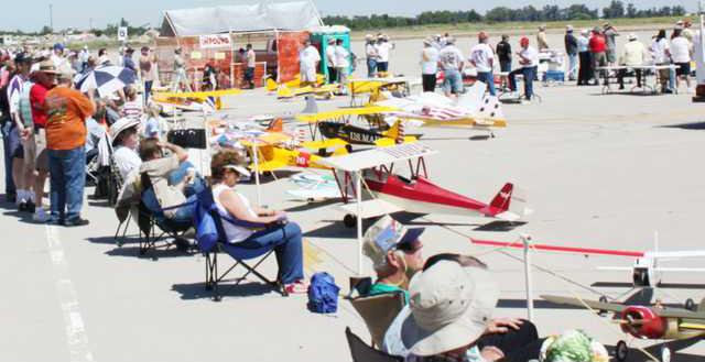 Model airplanes pic
