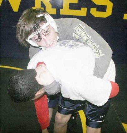 THS wrestle pic1