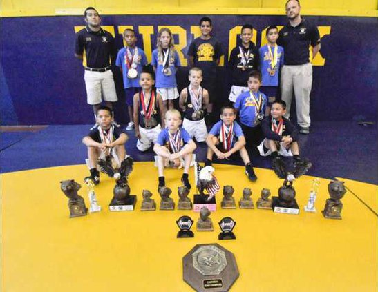 Wrestling team photo