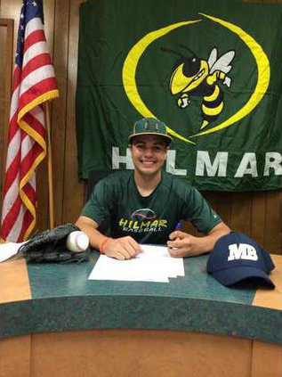 Hilmar signing pic