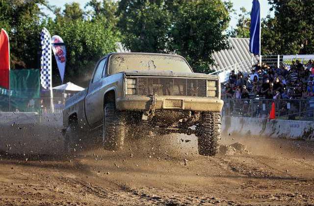MudDrags1