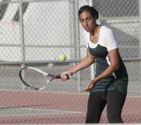 PHS tennis pic1