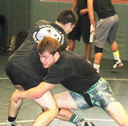 PHS wrestling pic1