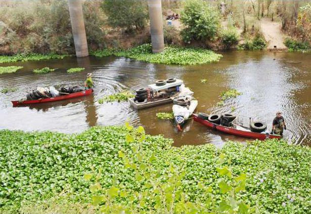 river cleanup pic1