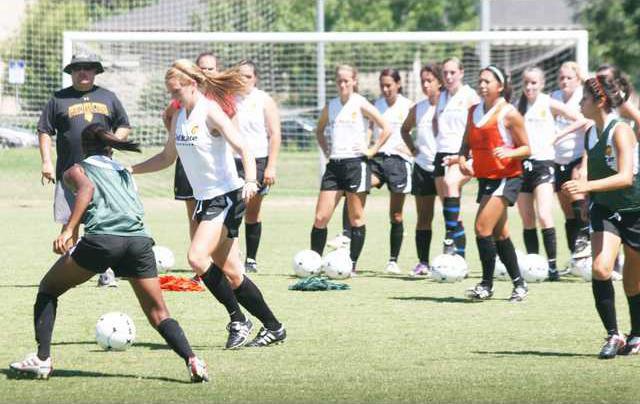 womens soccer pic2