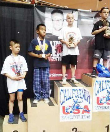 youth wrestling pic