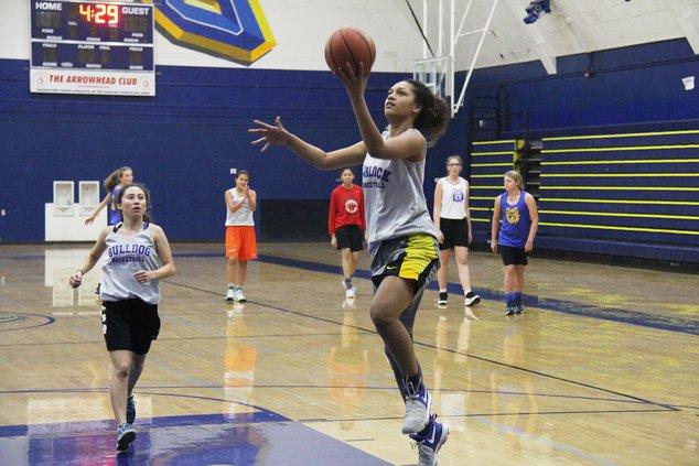 turlock girls basketball pic1