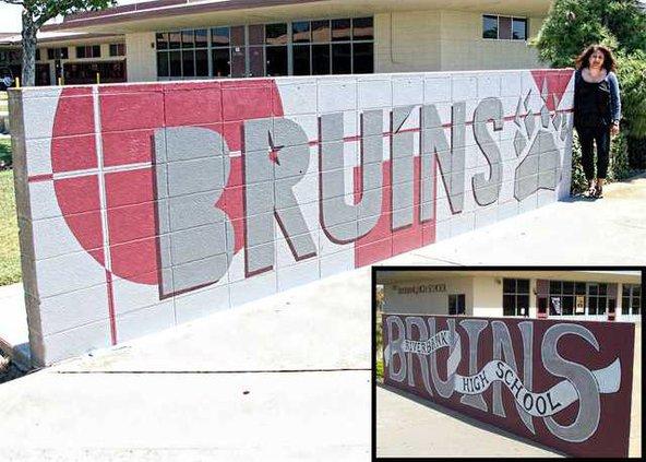 Bruin Sign