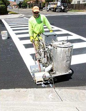 Paint spray