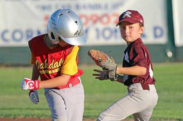 7-3 RIV Baseball 8s1
