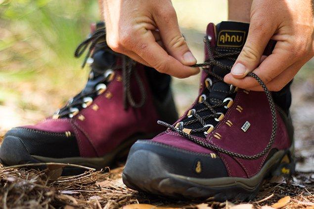 832-boots.jpg
