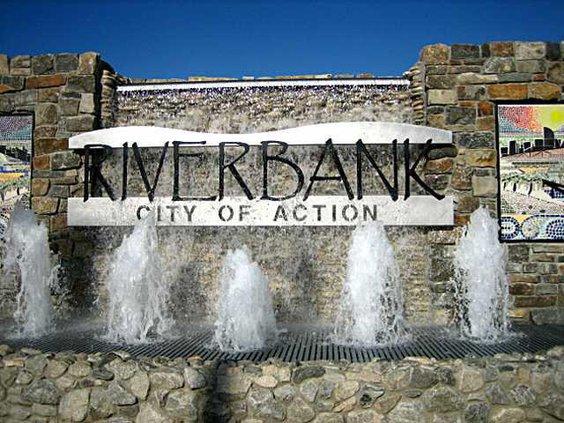 riverbank fountain