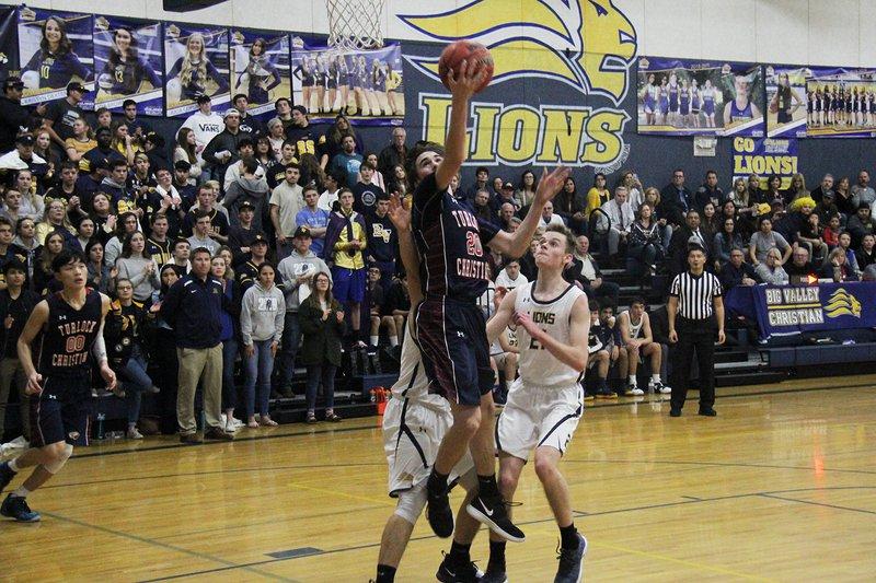 TC boys basketball pic3