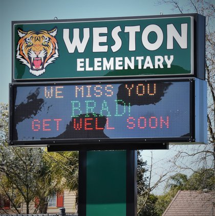 Weston sign cell DSC_6946.jpg