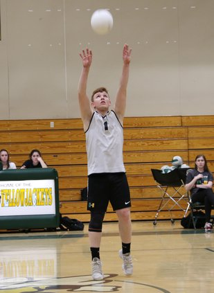 hilmar boys volleyball2