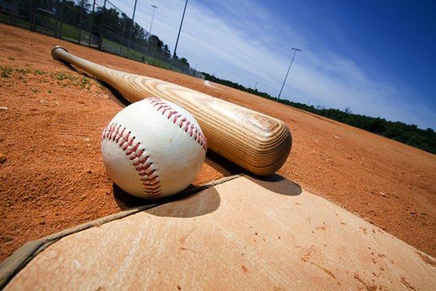 042518-baseball-ballpark-softball-adobestock_14205892.jpg