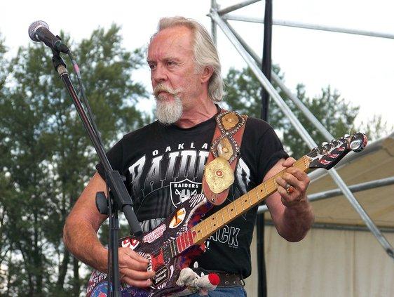 Rocker Gary Duncan