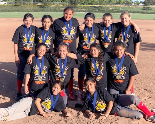 Ceres Sizzle 12-and-under travel softball team