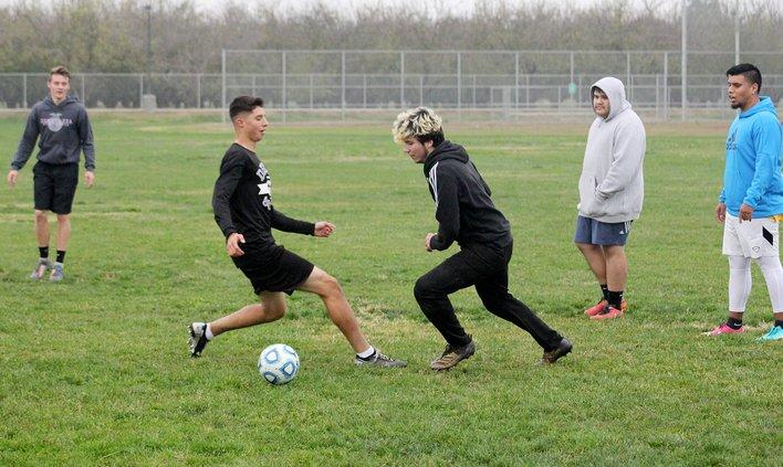 denair boys soccer