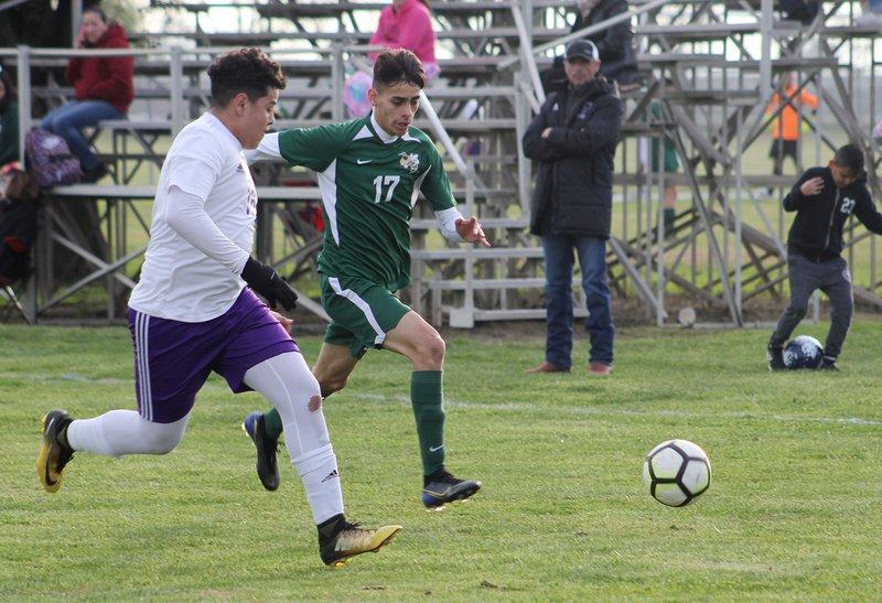 hilmar boys soccer pic2