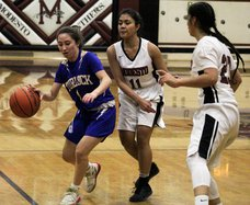 Turlock girls basketball pic1