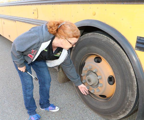 bottom bus11