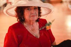Betty Lee Judd obit