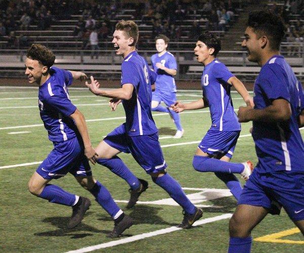 turlock boys soccer 1