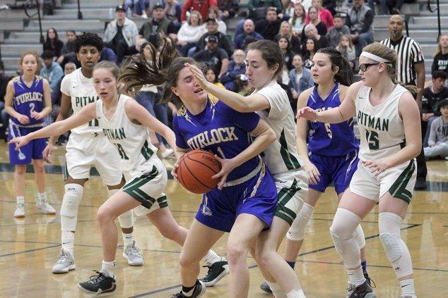 Pitman girls basketball1
