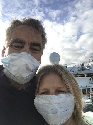 coronavirus sruise ship couple