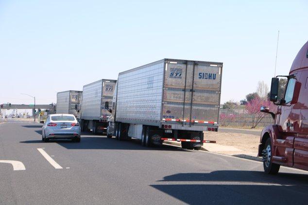 trucks omn moffat