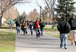 CSUS students walking