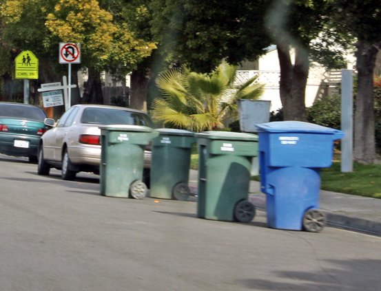 Ceres garbage cans