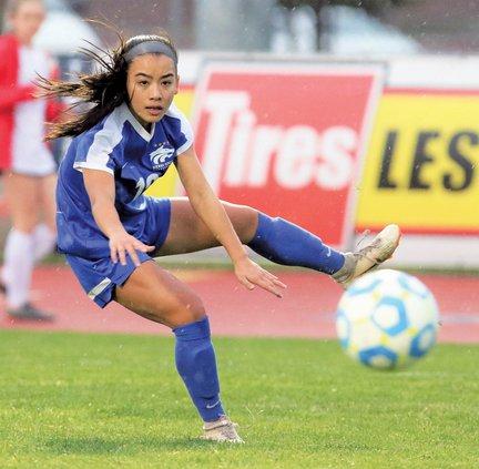Bulletin girls soccer 2020-21
