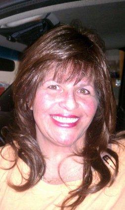 Linda Cardoza obit pic