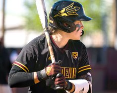 Maddi Hackbarth at bat