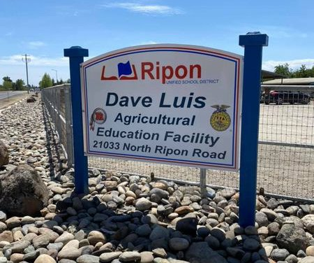 ripon farm sign