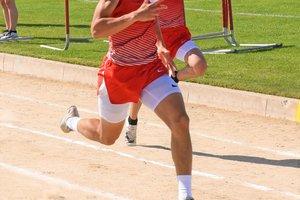 Verlis Smith runs