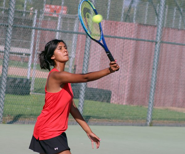 Valerie Raya tennis