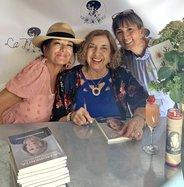 Guadalupe Cordoba signs
